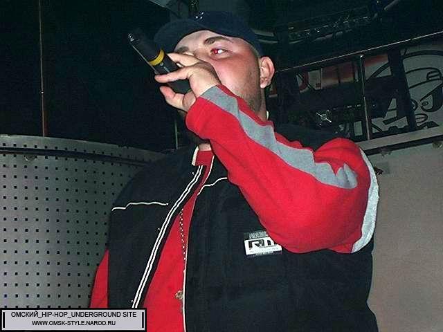 http://omsk-style.narod.ru/sxodki/hiphop_szn_2005/034.JPG